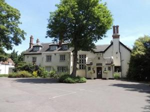 Alverbank Country House Hotel in Gosport, Hampshire, England