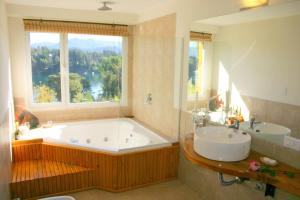 Superior Suite with Spa Bath