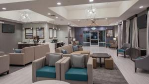 Photo of Best Western Plus Gardena Inn & Suites