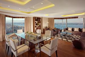 Residence 2 Bedroom Bosphorus View Corner