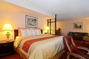 Photo of Best Western Plus Murray Hill Inn & Suites