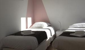 Superior Room (2 or 3 Single Beds)