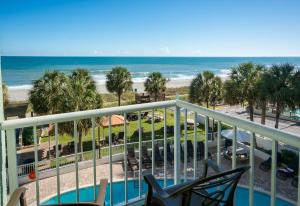 Double Room with Oceanfront View