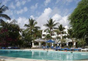 Photo of Moorgate Apartments   Blue Marlin Resort