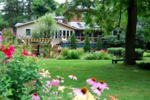 Harbourne By The Lake Bed & Breakfast