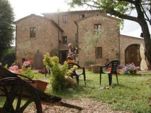 Casale Il Colombaio Di Toiano, Country houses  Sovicille - big - 51