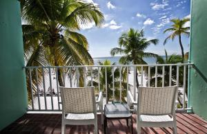 Beachfront Two Double Beds Room with Balcony - Non-Smoking