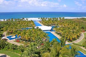 Photo of La Tranquila Breath Taking Resort Spa