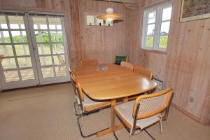 Hvide Sande Holiday Home 376, Дома для отпуска  Nørre Lyngvig - big - 14