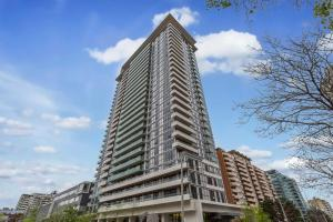 Royal Stays Furnished Apartments at Yonge / Eglinton