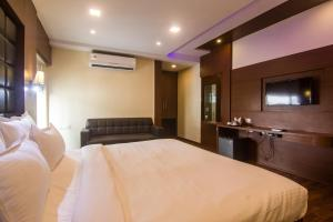 Hotel Sawood International, Hotel  Calcutta (Kolkata) - big - 19