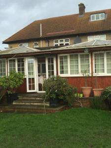 Colnbrook Lodge Guest House in Slough, Berkshire, England