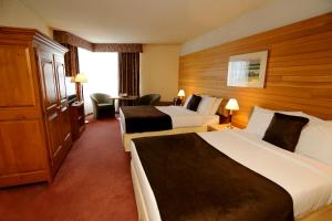 Standard Two Double Beds Room
