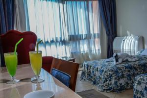 Photo of Three Bedroom Apartment At Alia Beach Hotel