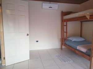 Bed in 6-Mixed Dormitory Room With Private Bathroom
