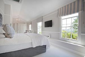 Large Double or Twin Room with Garden View
