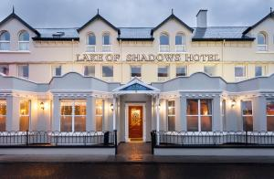 Photo of Lake Of Shadows Hotel