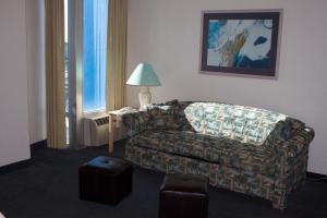 One-Bedroom Suite with Ocean View (Halifax)