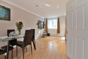 Austin David Apartments - Classic 2 bed Apt in London, Greater London, England