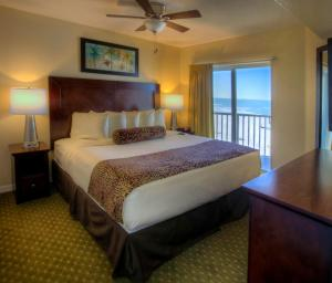 Two Bedroom Gulf Front Suite with Balcony