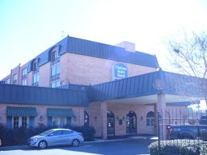 Photo of Chateau Suite Hotel, Downtown Shreveport