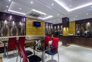 Hotel Sawood International, Hotels  Kolkata - big - 8