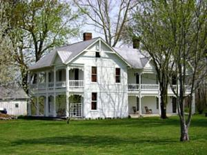 Historic Brown-Lanier House B & B