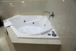 Executive Suite mit Whirlpool