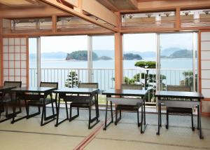 Shodoshima Grand Hotel Suimei, Hotely  Tonosho - big - 8