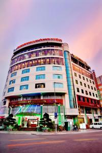 Photo of Orient Hotel
