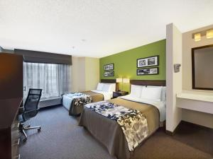 Photo of Red Lion Inn & Suites Fort Collins