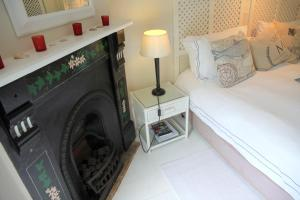 King or Twin Suite with Kitchenette