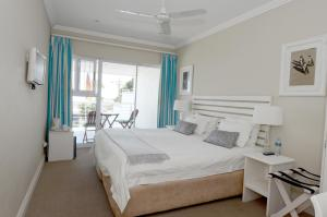 Double/Twin Room with Sea View and Shower only