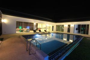 Photo of Modern Villa In Phuket   Kamala