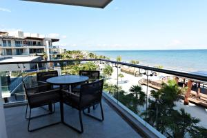 Presidential One-Bedroom Suite with Ocean View Diamond Club