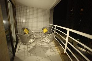 Family Two-Bedroom Apartment with Sea View and Balcony(2 bathrooms)
