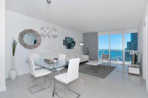 Photo of Two Bedroom Apartment In Miami, Brickel # 3309