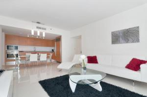 Photo of One Bedroom Apartment In Miami, Brickel # 3301