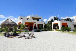 Photo of Mayan Beach Garden Inn