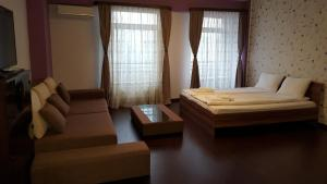 Grand'Or Studio Apartments, Apartmány  Oradea - big - 9
