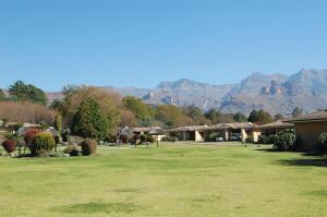 Riverbend Chalets (Gold Crown Resort), Rezorty  Drakensberg Garden - big - 1