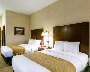 Standard Double Room with Two Queen Beds - Non-Smoking