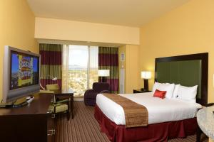Deluxe Room (No Resort Fees)