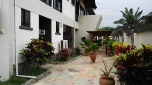 Photo of Takoradi Standard Hotel