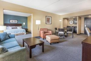 Wingate by Wyndham Regina, Hotels  Regina - big - 7