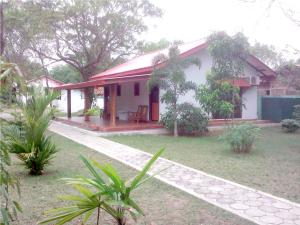 Photo of Katharagama Safari Hotel