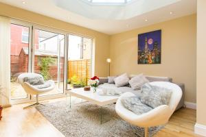 Lovely Parfrey Street Apartment in London, Greater London, England