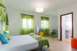 West Side Guesthouse, Ostelli  Peniche - big - 78
