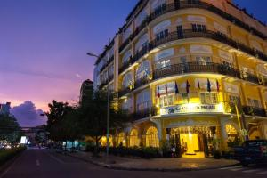 Photo of Le Grand Palais Boutique Hotel