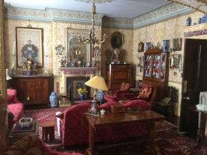 St Benedict - Victorian Bed and Breakfast in Hastings, East Sussex, England